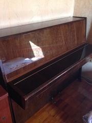 Продам пианино Петроф в отличном состоянии